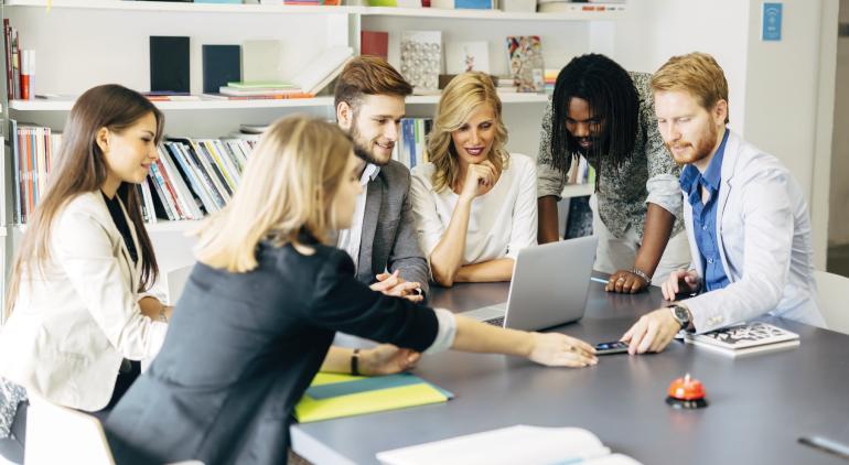 5 maneiras para sua empresa reduzir custos com um sistema de RH